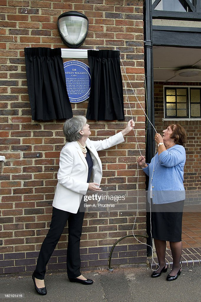 Maureen Cousins, grandmother of Sir Bradley Wiggins, unveils a blue plaque on the recreation ground where he learned to ride his bike at Paddington Recreation Ground on September 28, 2013 in London, England.