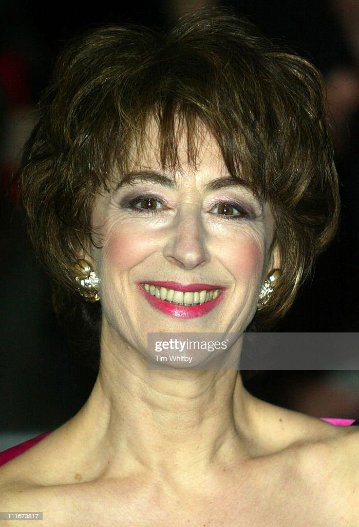 2004 Laurence Olivier Awards - Arrivals