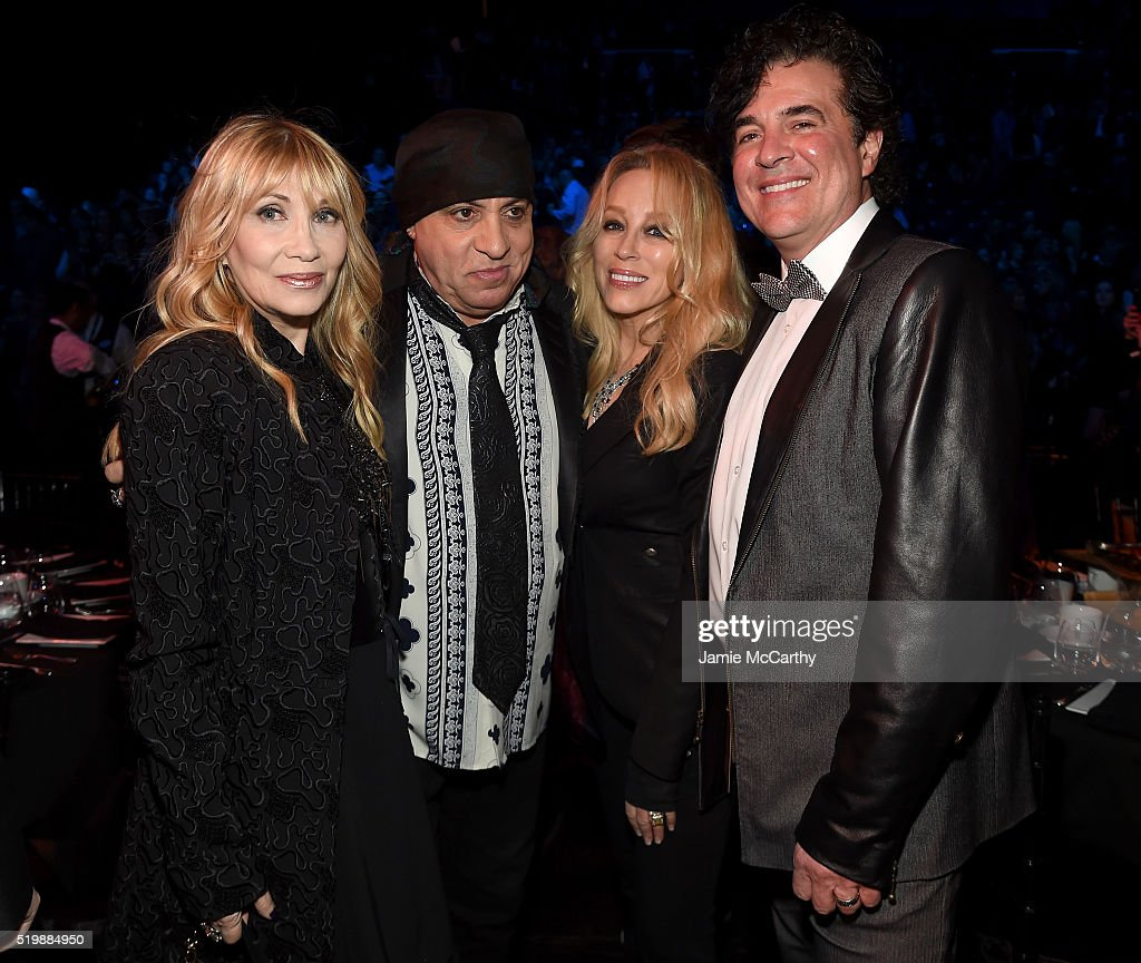 Maureen Van Zandt, Steven Van Zandt, Sandi Borchetta and Scott Borchetta attend the 31st Annual Rock And Roll Hall Of Fame Induction Ceremony at Barclays Center of Brooklyn on April 8, 2016 in New York City.