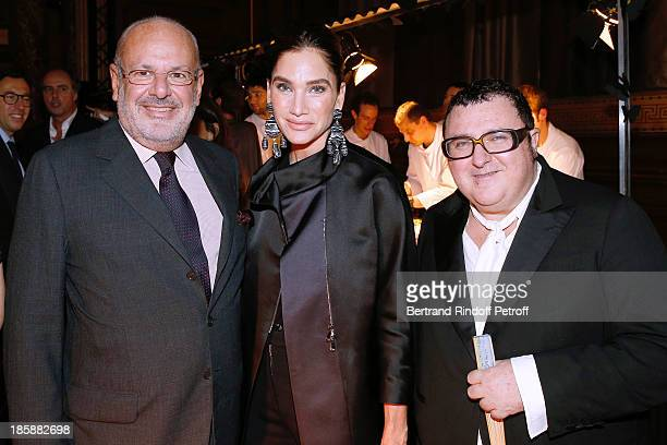 Maurice Amon and his wife Tracey Amon with fashion designer Alber Elbaz Designer Alber Elbaz pays tribute to Cesar Baldaccini by an Evening PicNic at...
