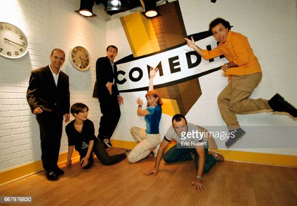 Maurice Barthelemy Marina Fois JeanPaul Rouve Elise Larnicol PierreFrancois MartinLaval and Pascal Vincent make up the French comedy group Les Robins...