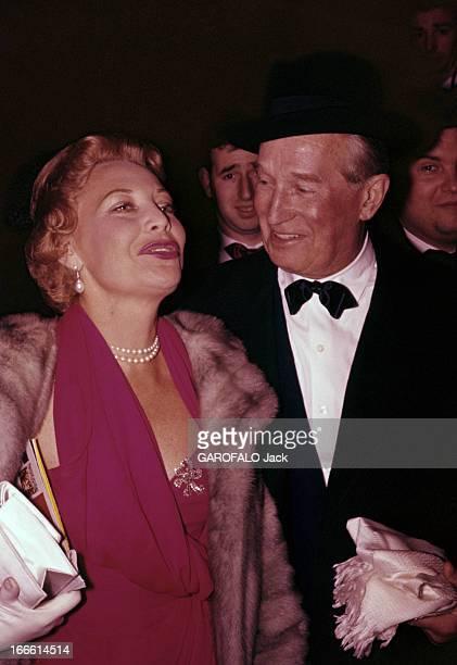 Maurice Chevalier France Reportage sur Maurice CHEVALIER chanteur et acteur français Portrait de Maurice CHEVALIER vêtu d'un smoking sur chemise...