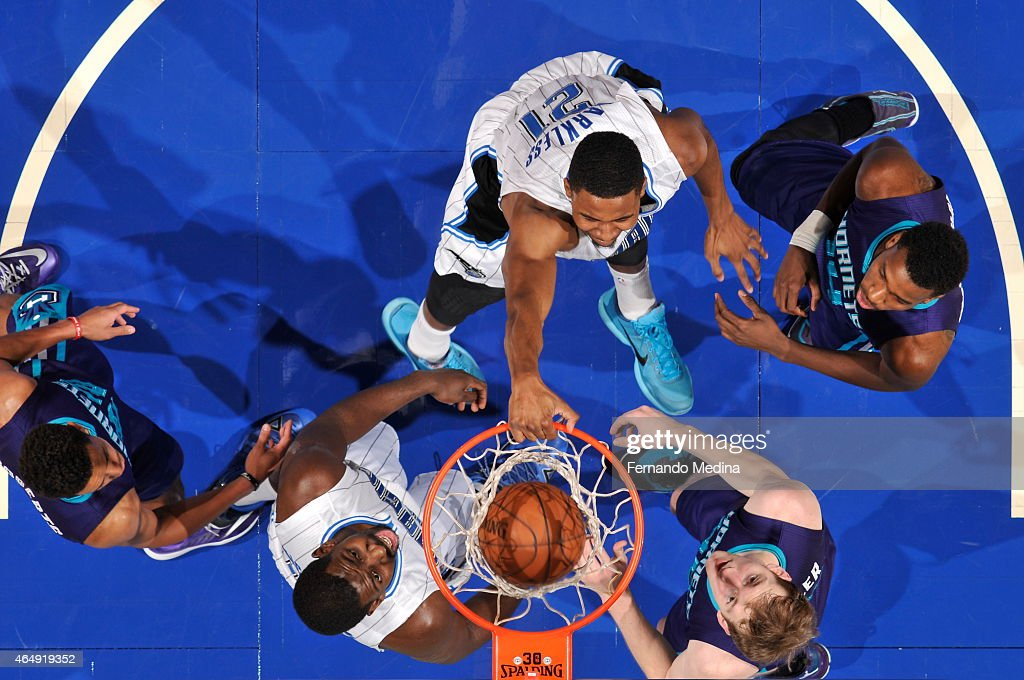 Maurice Harkless #21 of the Orlando Magic dunks against the Charlotte Hornets on March 1, 2015 at Amway Center in Orlando, Florida.