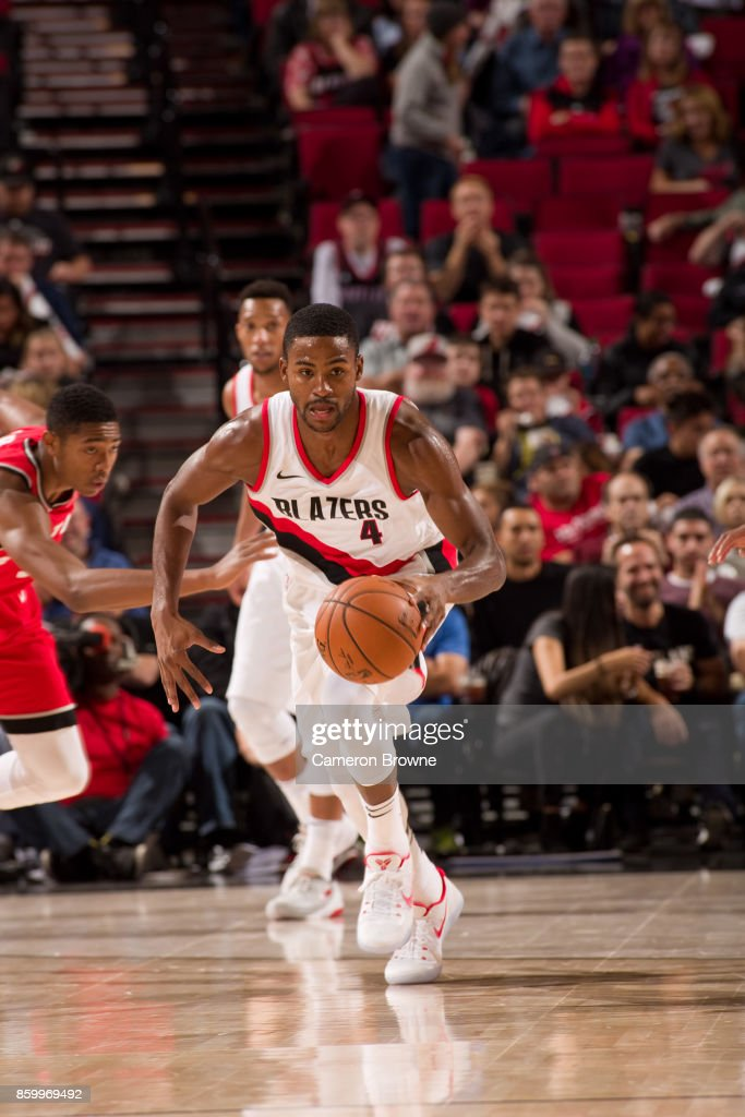 Maurice Harkless #4 of the Portland Trail Blazers handles the ball during the preseason game against the Toronto Raptors on October 5, 2017 at the Moda Center Arena in Portland, Oregon.