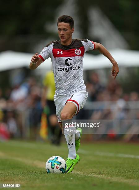 Maurice Jerome Litka of St Pauli controls the ball during the preseason friendly match between VfB Oldenburg and FC St Pauli on July 8 2017 in Varel...