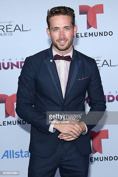 Mauricio Henao arrives at Premios Tu Mundo Awards at American Airlines Arena on August 21 2014 in Miami Florida