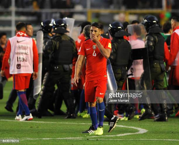 Mauricio Isla of Chile looks dejected after losing a match between Bolivia and Chile as part of FIFA 2018 World Cup Qualifiers at Hernando Siles...