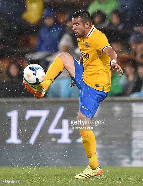 Mauricio Isla of Juventus in action during the Serie A match between US Sassuolo Calcio and Juventus at Mapei Stadium on April 28 2014 in Sassuolo...
