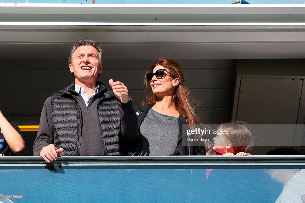 <a gi-track='captionPersonalityLinkClicked' href=/galleries/search?phrase=Mauricio+Macri&family=editorial&specificpeople=773012 ng-click='$event.stopPropagation()'>Mauricio Macri</a>, Buenos Aires City Mayor and presidential candidate and his wife, Juliana Awada are seen during a match between Boca Juniors and Tigre as part of 29th round of Torneo Primera Division 2015 at Alberto J Armando Stadium on October 31, 2015 in Buenos Aires, Argentina.