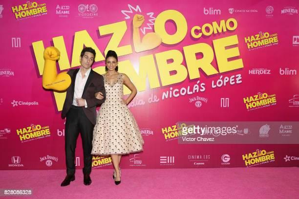 Mauricio Ochmann and Aislinn Derbez attend the 'Hazlo Como Hombre' Mexico City premiere at Cinepolis Oasis Coyoacan on August 8 2017 in Mexico City...