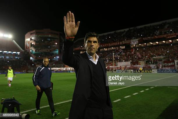 Mauricio Pellegrino coach of Independiente waves to fans before a match between Independiente and Estudiantes as part of 22nd round of Torneo Primera...