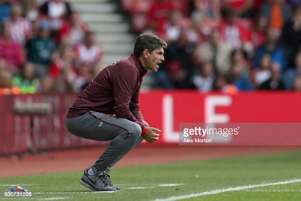 Mauricio Pellegrino Manager of Southampton looks on during the Premier League match between Southampton and Swansea City at St Mary's Stadium on...