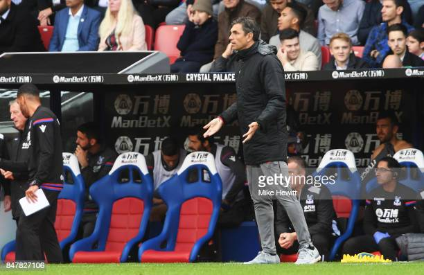 Mauricio Pellegrino Manager of Southampton reacts during the Premier League match between Crystal Palace and Southampton at Selhurst Park on...
