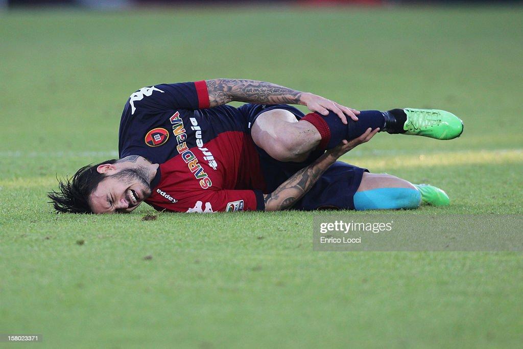 Mauricio Pinilla of Cagliari suffers an injury during the Serie A between Cagliari Calcio and AC Chievo Verona at Stadio Sant'Elia on December 9, 2012 in Cagliari, Italy.
