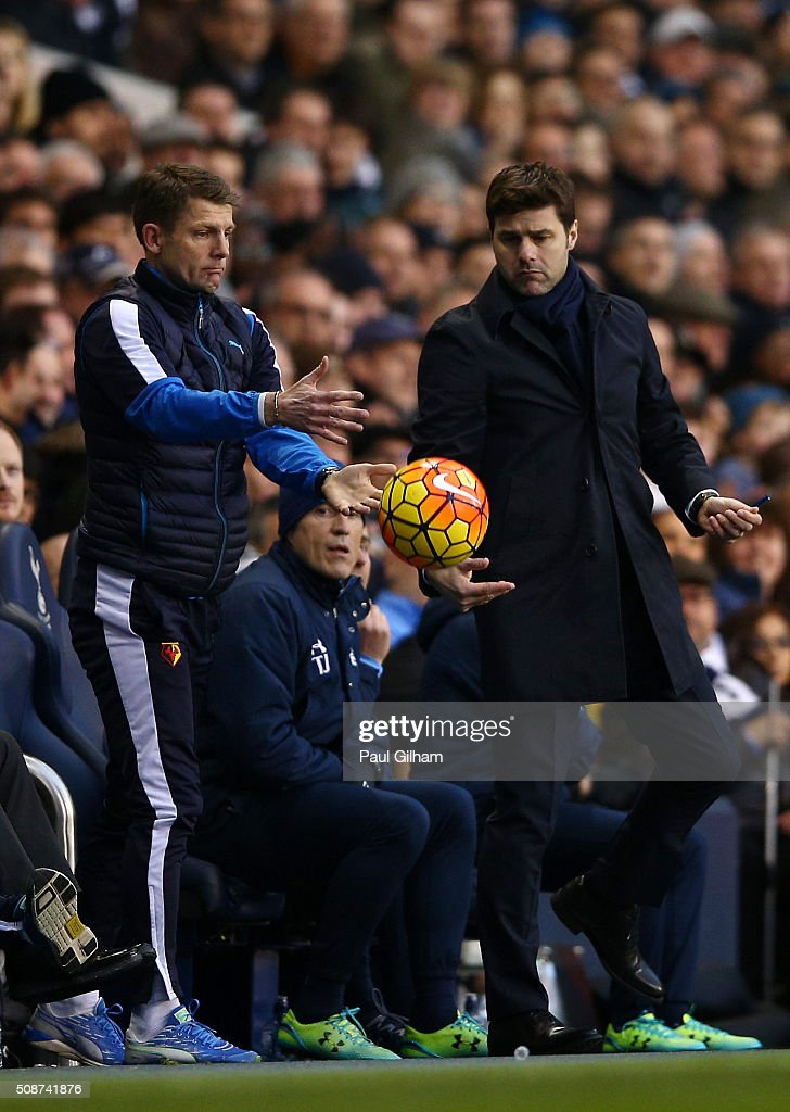 <a gi-track='captionPersonalityLinkClicked' href=/galleries/search?phrase=Mauricio+Pochettino&family=editorial&specificpeople=234444 ng-click='$event.stopPropagation()'>Mauricio Pochettino</a> Manager of Tottenham Hotspur and a Watford staff try to catch the ball during the Barclays Premier League match between Tottenham Hotspur and Watford at White Hart Lane on February 6, 2016 in London, England.
