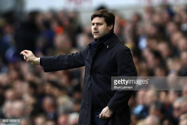 Mauricio Pochettino Manager of Tottenham Hotspur gives his team instructions during the Premier League match between Tottenham Hotspur and...