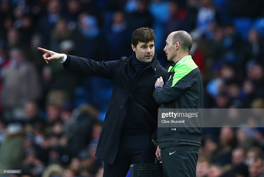 <a gi-track='captionPersonalityLinkClicked' href=/galleries/search?phrase=Mauricio+Pochettino&family=editorial&specificpeople=234444 ng-click='$event.stopPropagation()'>Mauricio Pochettino</a>, Manager of Tottenham Hotspur talks to the fourth official during the Barclays Premier League match between Manchester City and Tottenham Hotspur at Etihad Stadium on February 14, 2016 in Manchester, England.
