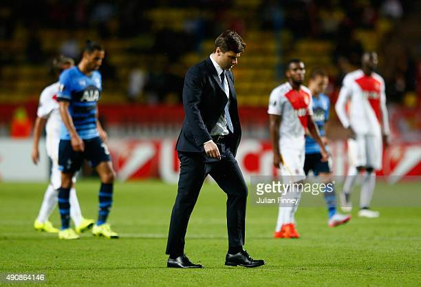 Mauricio Pochettino manager of Tottenham Hotspur walks across the pitch at half time during the UEFA Europa League group J match between AS Monaco FC...