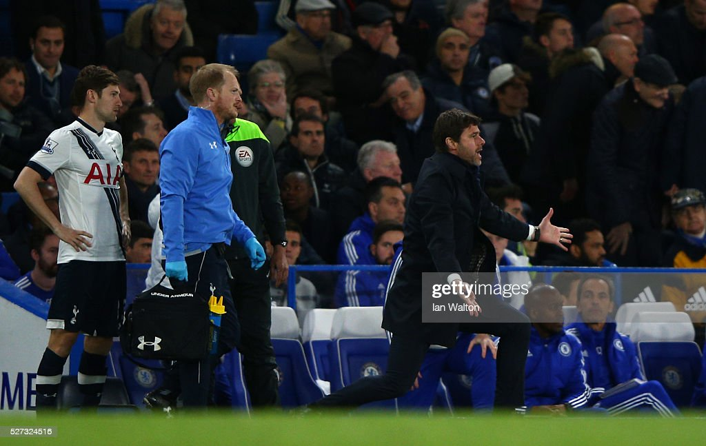 Mauricio Pochettino the manager of Tottenham Hotspur reacts during the Barclays Premier League match between Chelsea and Tottenham Hotspur at Stamford Bridge on May 02, 2016 in London, England.