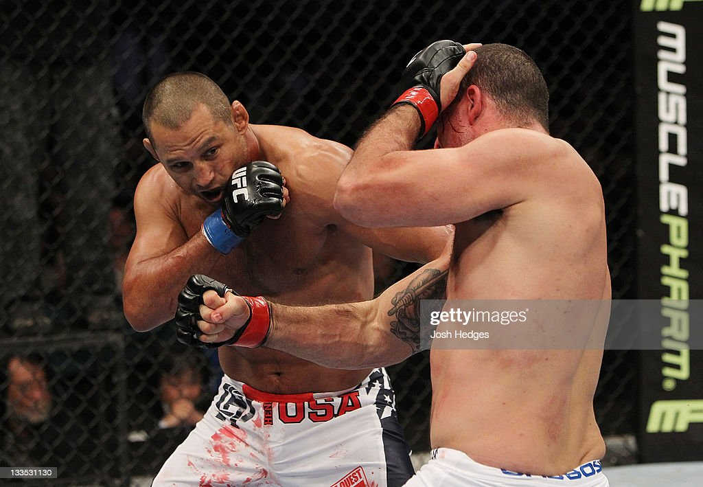 <a gi-track='captionPersonalityLinkClicked' href=/galleries/search?phrase=Mauricio+Rua&family=editorial&specificpeople=6392259 ng-click='$event.stopPropagation()'>Mauricio Rua</a> and Dan Henderson exchange punches during an UFC Light Heavyweight bout at the HP Pavillion on November 19, 2011 in San Jose, California.