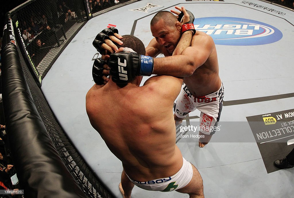 <a gi-track='captionPersonalityLinkClicked' href=/galleries/search?phrase=Mauricio+Rua&family=editorial&specificpeople=6392259 ng-click='$event.stopPropagation()'>Mauricio Rua</a> and Dan Henderson wrap each other up during an UFC Light Heavyweight bout at the HP Pavillion on November 19, 2011 in San Jose, California.