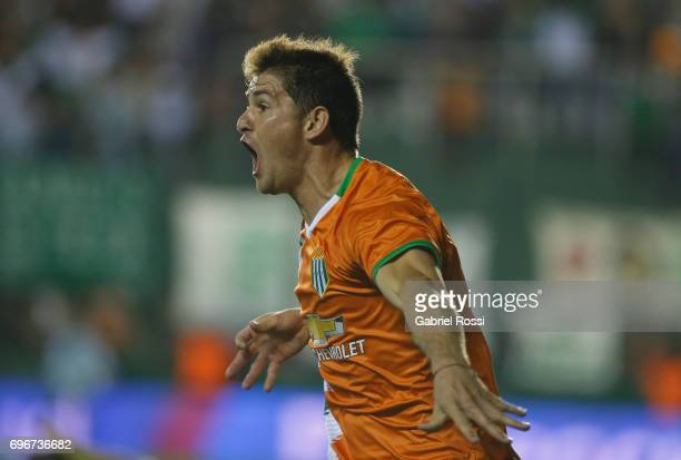 Mauricio Sperduti of Banfield celebrates after scoring the first goal of his team during a match between Banfield and Rosario Central as part of...