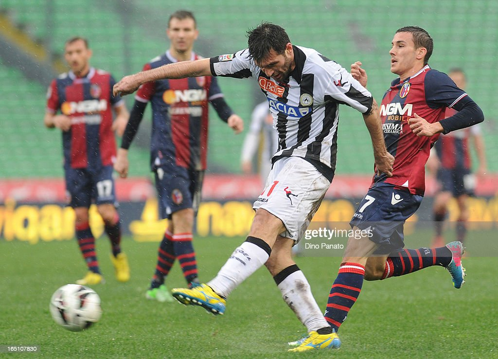 <a gi-track='captionPersonalityLinkClicked' href=/galleries/search?phrase=Maurizio+Domizzi&family=editorial&specificpeople=790985 ng-click='$event.stopPropagation()'>Maurizio Domizzi</a> of Udinese Calcio in action during the Serie A match between Udinese Calcio and Bologna FC at Stadio Friuli on March 30, 2013 in Udine, Italy.