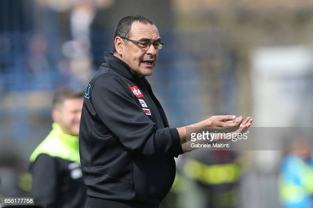 Maurizio Sarri manager of SSC Napoli gestures during the Serie A match between Empoli FC and SSC Napoli at Stadio Carlo Castellani on March 19 2017...