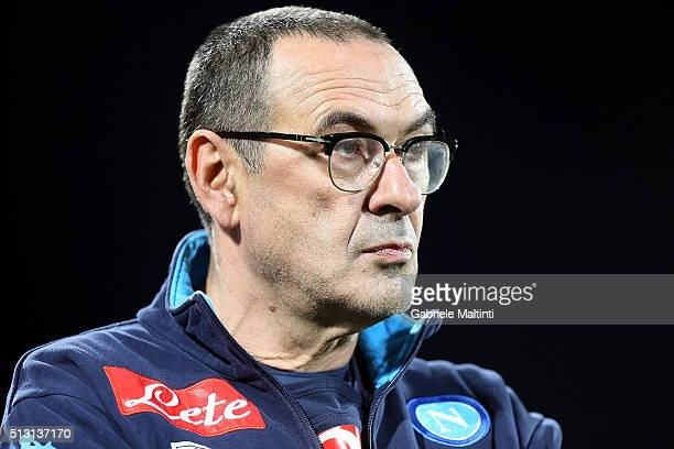 Maurizio Sarri manager of SSC Napoli looks on during the Serie A match between ACF Fiorentina and SSC Napoli at Stadio Artemio Franchi on February 29...