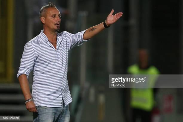 Mauro Antonioli head coach of Ravenna FC during the Lega Pro 17/18 group B match between Teramo Calcio 1913 and Ravenna FC at Gaetano Bonolis stadium...