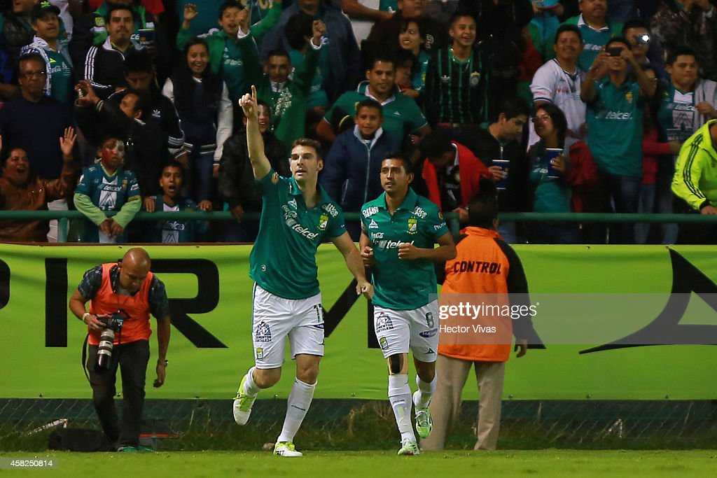 Mauro Boselli of Leon celebrates after scoring the first goal of his team during a match between Leon v Atlas as part of 15th round Apertura 2014...