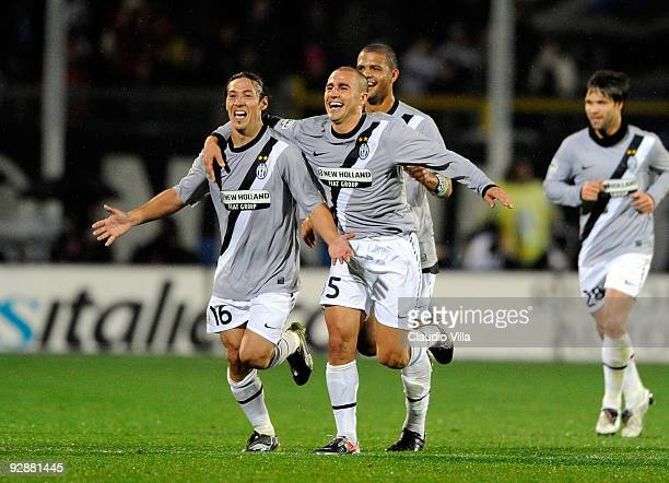 Mauro Camoranesi Fabio Cannavaro and Felipe Melo of Juventus FC celebrate during the Serie A match between Atalanta BC and Juventus FC at Stadio...