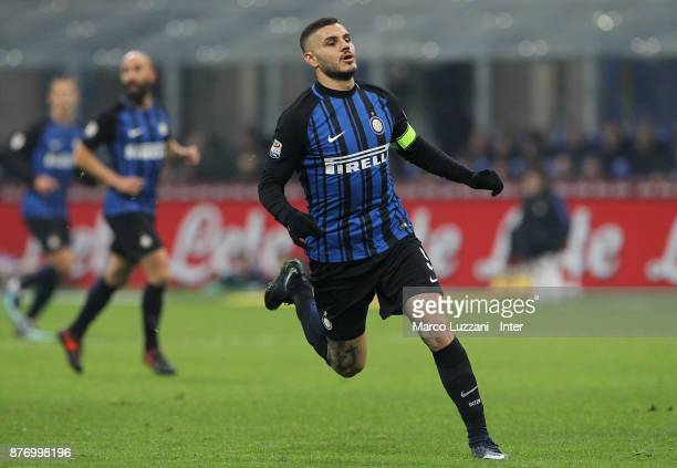 Mauro Emanuel Icardi of FC Internazionale in action during the Serie A match between FC Internazionale and Atalanta BC at Stadio Giuseppe Meazza on...