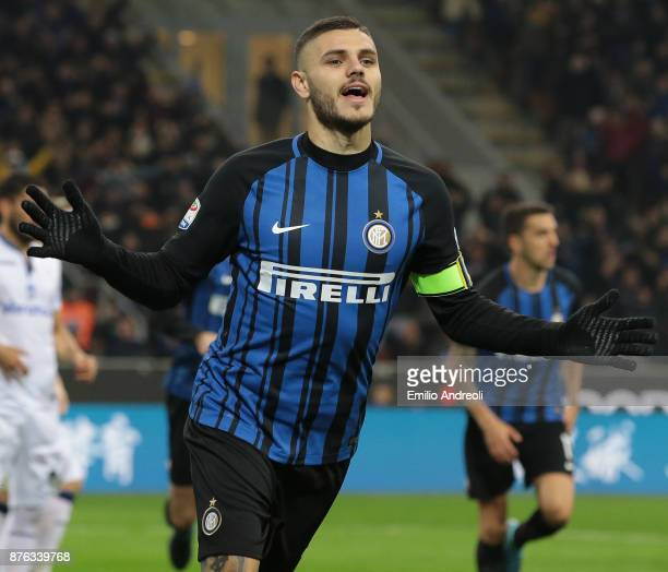 Mauro Emanuel Icardi of FC Internazionale Milano celebrates after scoring the opening goal during the Serie A match between FC Internazionale and...