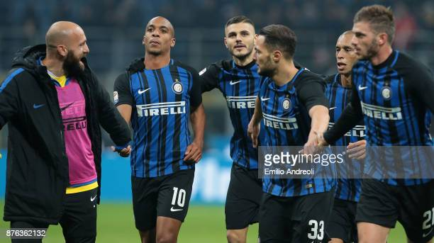 Mauro Emanuel Icardi of FC Internazionale Milano celebrates with his teammates at the end of the Serie A match between FC Internazionale and Atalanta...