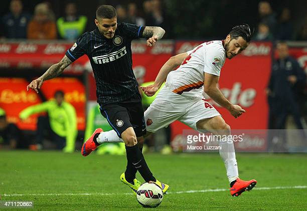 Mauro Emanuel Icardi of FC Internazionale Milano competes for the ball with Konstantinos Manolas of AS Roma during the Serie A match between FC...