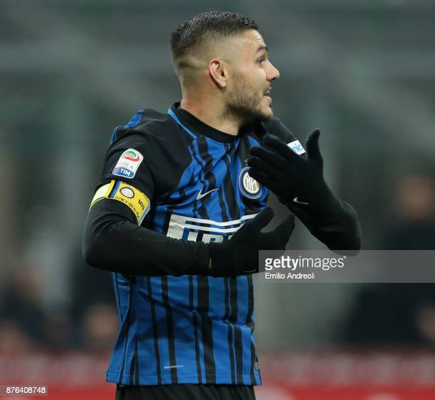 Mauro Emanuel Icardi of FC Internazionale Milano gestures during the Serie A match between FC Internazionale and Atalanta BC at Stadio Giuseppe...