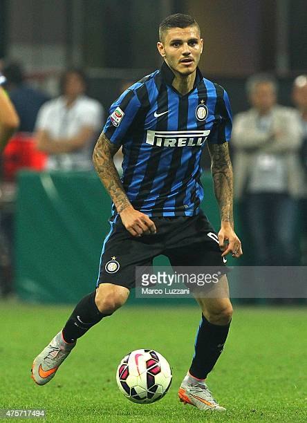 Mauro Emanuel Icardi of FC Internazionale Milano in action during the Serie A match between FC Internazionale Milano and Empoli FC at Stadio Giuseppe...