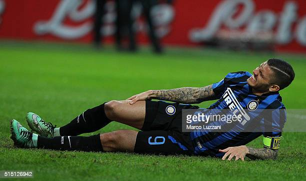 Mauro Emanuel Icardi of FC Internazionale Milano lies injured during the Serie A match between FC Internazionale Milano and Bologna FC at Stadio...
