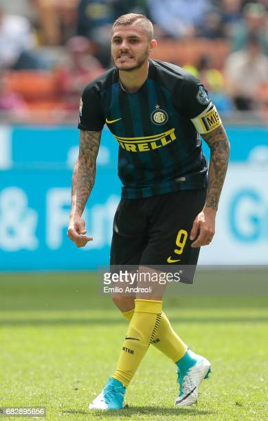 Mauro Emanuel Icardi of FC Internazionale Milano shows his dejection during the Serie A match between FC Internazionale and US Sassuolo at Stadio...