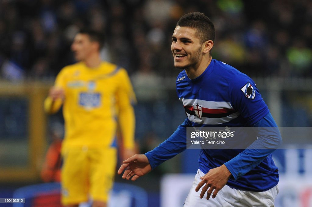 Mauro Emanuel Icardi of UC Sampdoria celebrates his fourth goal during the Serie A match between UC Sampdoria and Pescara at Stadio Luigi Ferraris on January 27, 2013 in Genoa, Italy.