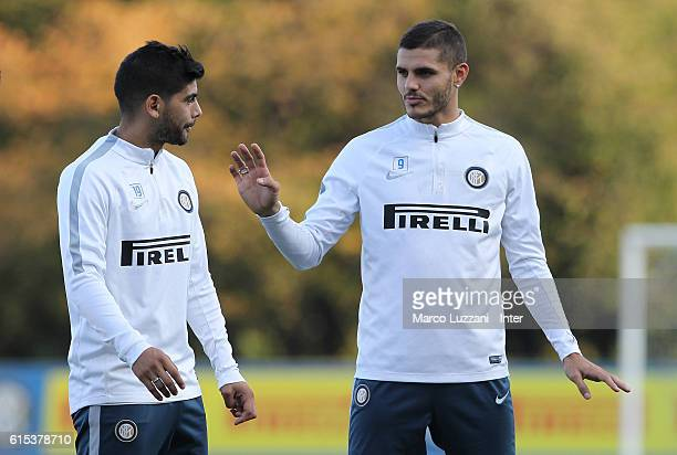 Mauro Emanuel Icardi speaks to Ever Banega of FC Internazionale Milano during the FC Internazionale training session at the club's training ground...