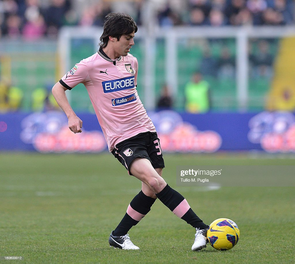 <a gi-track='captionPersonalityLinkClicked' href=/galleries/search?phrase=Mauro+Formica&family=editorial&specificpeople=6569002 ng-click='$event.stopPropagation()'>Mauro Formica</a> of Palermo in action during the Serie A match between US Citta di Palermo and Atalanta BC at Stadio Renzo Barbera on February 3, 2013 in Palermo, Italy.