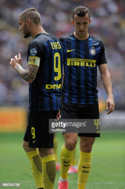 Mauro Icardi and Ivan Perisic of Inter player during the Serie A match between FC Internazionale and US Sassuolo at Stadio Giuseppe Meazza on May 14...
