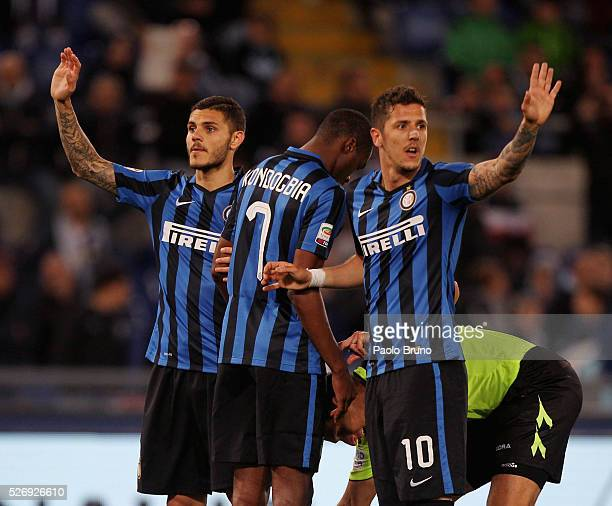 Mauro Icardi and Stevan Jovetic of FC Internazionale Milano gesture during the Serie A match between SS Lazio and FC Internazionale Milano at Stadio...