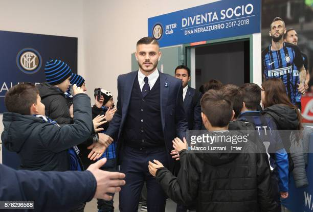 Mauro Icardi of FC Internazionale arrives prior to the Serie A match between FC Internazionale and Atalanta BC at Stadio Giuseppe Meazza on November...
