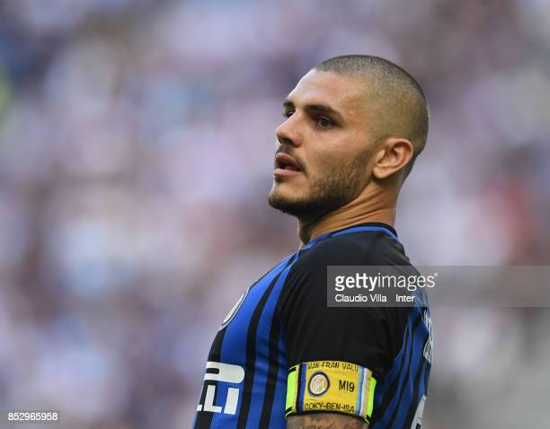 Mauro Icardi of FC Internazionale gestures during the Serie A match between FC Internazionale and Genoa CFC at Stadio Giuseppe Meazza on September 24...