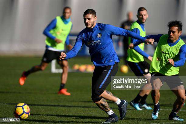 Mauro Icardi of FC Internazionale in action during the FC Internazionale training session at Suning Training Center at Appiano Gentile on November 17...