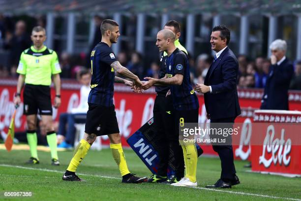 Mauro Icardi of FC Internazionale is replaced by teammate Rodrigo Palacios during the Serie A match between FC Internazionale and Atalanta BC at...