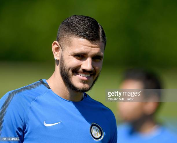Mauro Icardi of FC Internazionale looks on during a training session at Suning Training Center at Appiano Gentile on August 15 2017 in Como Italy
